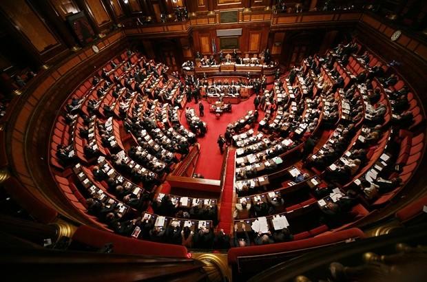 1401102360_parlamento-italiano-elezion-2013_620x410